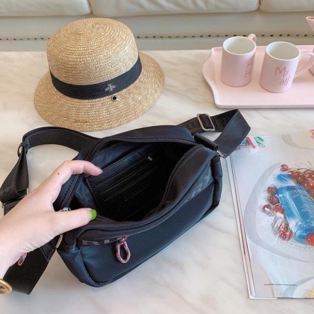 BURBERRY(バーバリー)のショルダーバッグ メンズのバッグ(トートバッグ)の商品写真