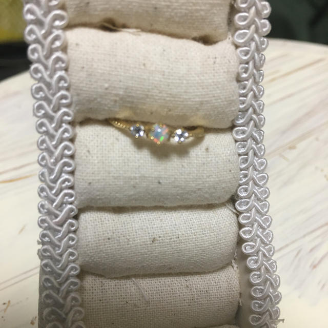 新品!オパールピンキーリング3号 レディースのアクセサリー(リング(指輪))の商品写真