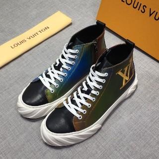 LOUIS VUITTON - スニーカー   二色