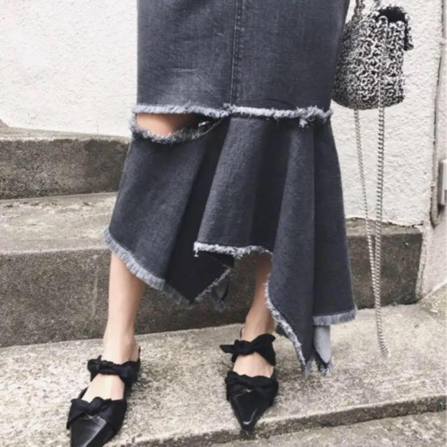 Ameri VINTAGE(アメリヴィンテージ)の新品同様 AMERI アシンメトリーデニムスカート レディースのスカート(ひざ丈スカート)の商品写真