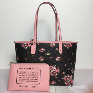 COACH - ◆新品◆COACHコーチ可愛い花柄リバーシブルポーチ付きトート◆ブラウン×ピンク