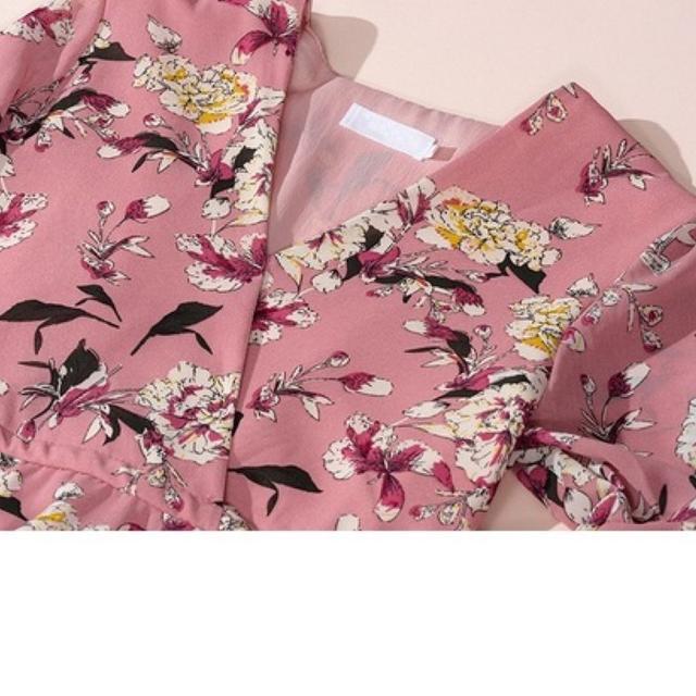 【即購入OK】大きいサイズ  花柄シフォンカシュクールワンピース レディースのワンピース(ミニワンピース)の商品写真