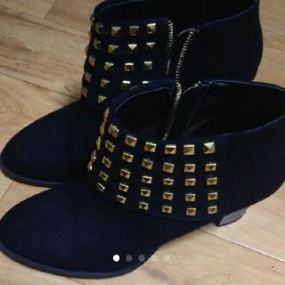 フォーエバートゥエンティーワン(FOREVER 21)の黒ショートブーツ(ブーツ)