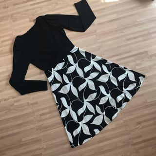 上品 切り替えワンピース 授乳服 クロスオープン 授乳ワンピース 白黒