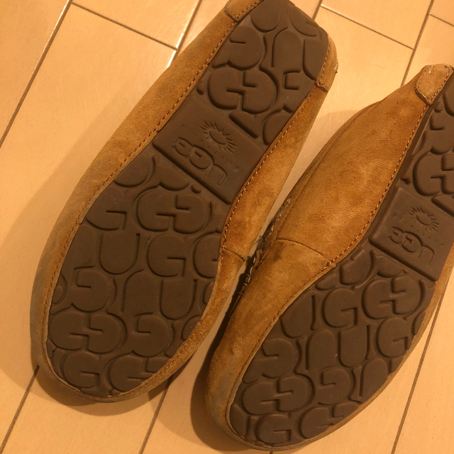 UGG(アグ)のアグ UGG 23.0 レディースの靴/シューズ(スリッポン/モカシン)の商品写真