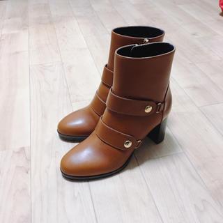 ロンシャン(LONGCHAMP)のlongchamp バックル付きブーツ ブラウン(ブーツ)