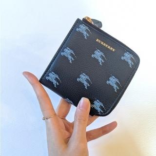 BURBERRY - ラスト2【新品】BURBERRY ミニ財布 ネイビー 二つ折り財布 ユニセックス