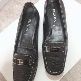 プラダ(PRADA)のPRADAローファー(ローファー/革靴)