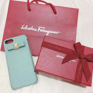 Salvatore Ferragamo - 永遠の名品♡フェラガモiPhoneケース