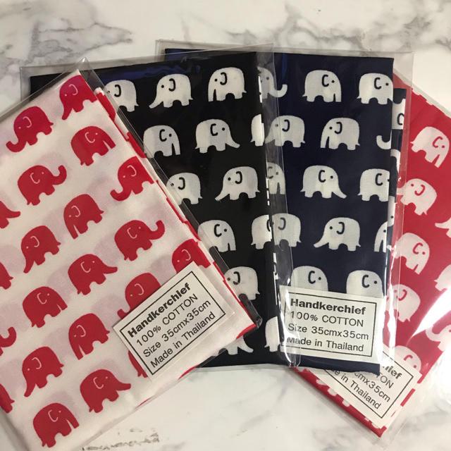 marimekko(マリメッコ)の【送料無料】ゾウ柄 ハンカチ バンダナ レディースのファッション小物(ハンカチ)の商品写真