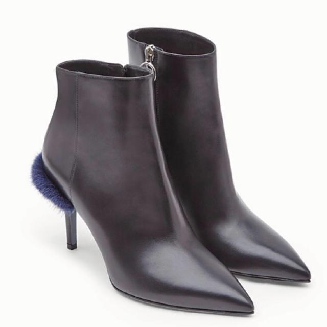 FENDI(フェンディ)のFENDI ミングファー ブーツ 36 フェンディ パンプス 35.5 36.5 レディースの靴/シューズ(ブーツ)の商品写真