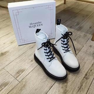 アレキサンダーマックイーン(Alexander McQueen)のブーツ(ブーツ)