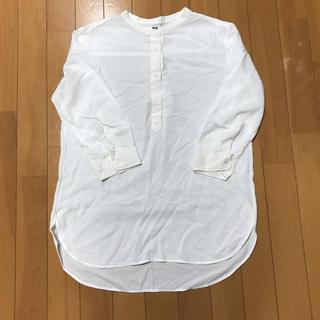 UNIQLO - 白シャツ