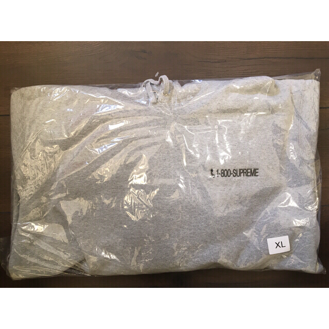 Supreme(シュプリーム)の【XL】1-800 Hooded Sweatshirt メンズのトップス(パーカー)の商品写真