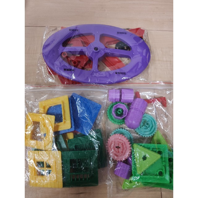 マグネットブロック キッズ/ベビー/マタニティのおもちゃ(知育玩具)の商品写真