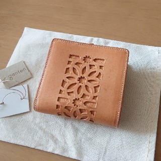genten - 【新品】ゲンテン 折り財布 カットワーク