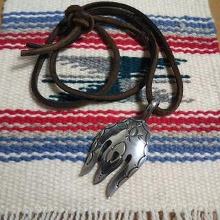 インディアン(Indian)のインディアンジュエリー ナバホ族 スタンプワーク シルバーネックレス ナジャ (ネックレス)