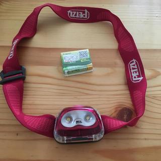 ペツル(PETZL)のヘッドライト tikkina2 PETZL(登山用品)