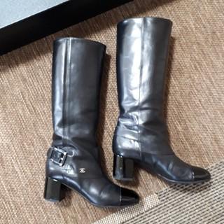 シャネル(CHANEL)の2013 シャネルブーツ(ブーツ)
