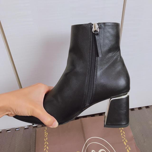 ZARA(ザラ)のZARA ショートブーツ レディースの靴/シューズ(ブーツ)の商品写真