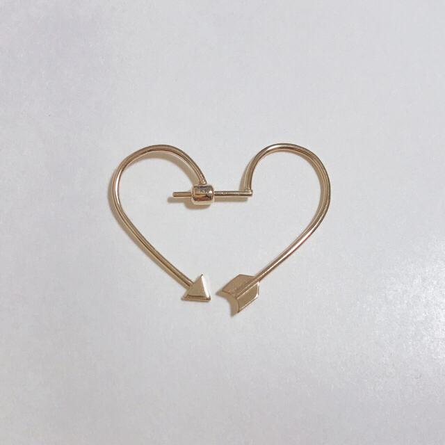 Enasoluna(エナソルーナ)のArrow heart pierced レディースのアクセサリー(ピアス)の商品写真
