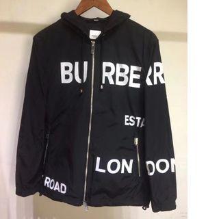 BURBERRY - Burberry ホースフェリープリント フードジャケット