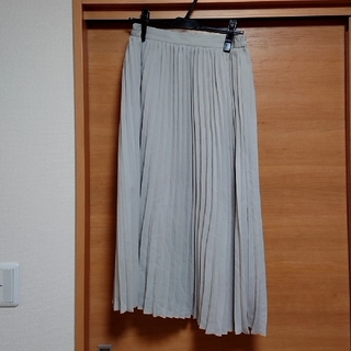 GU - プリーツスカート