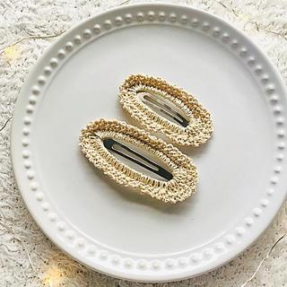 【ハンドメイド】フリル編みパッチンピン(ファッション雑貨)