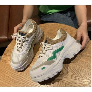 厚底 運動靴  スニーカー 軽量 歩きやすい レディース(スニーカー)