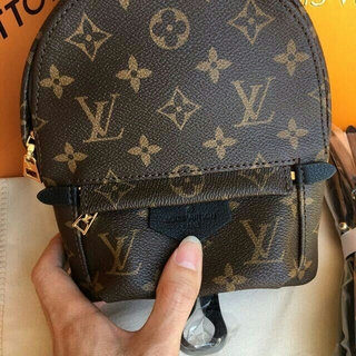 LOUIS VUITTON - ルイヴィトン リュック LOUIS VUITTON miniリュック/バックパッ
