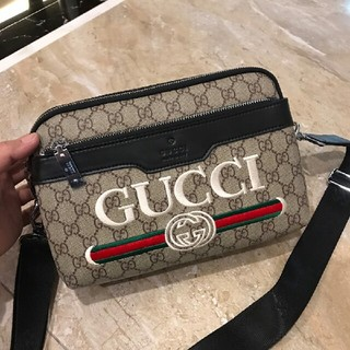 Gucci - Gucci ファッション  ショルダーバッグ