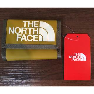 ザノースフェイス(THE NORTH FACE)の【新品】THE NORTH FACE ベースキャンプ wallet カーキ(折り財布)