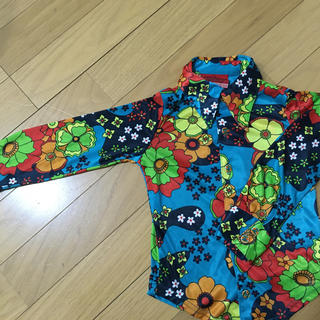 ブーフーウー(BOOFOOWOO)のオリジナルバックパッカーウェア シャツ 100 サイケ レトロ(ブラウス)