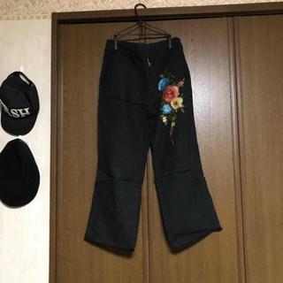 ワイズ(Y's)のY's 花柄 刺繍 スラックス (スラックス)
