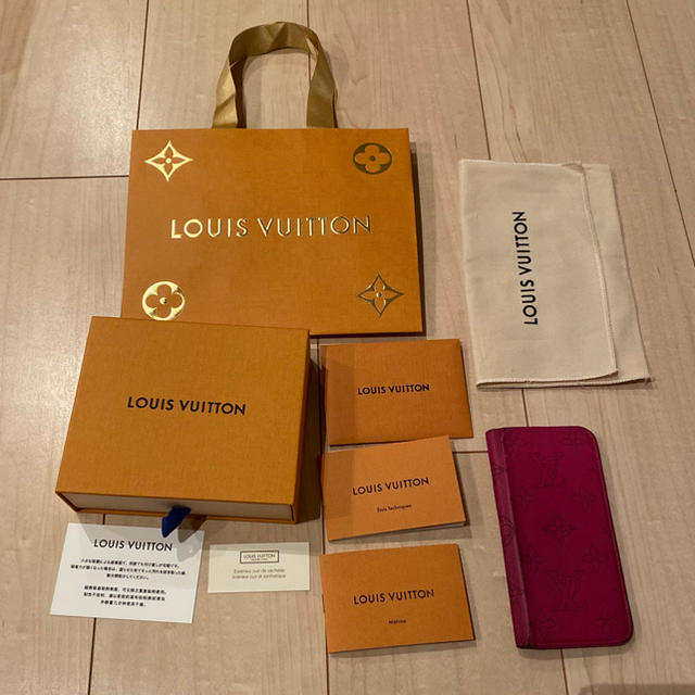 LOUIS VUITTON - ルイヴィトン アイフォンケースの通販