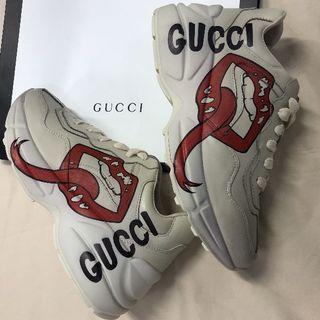 グッチ(Gucci)のグッチ ライトン マウス プリント スニーカー 唇(スニーカー)