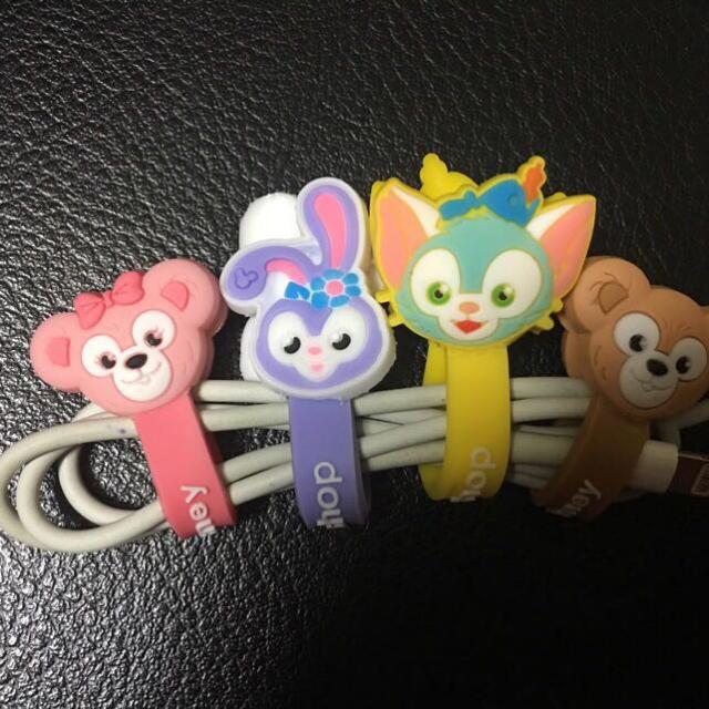 Disney(ディズニー)のダッフィー シェリーメイ コードクリップ 4点 エンタメ/ホビーのおもちゃ/ぬいぐるみ(キャラクターグッズ)の商品写真