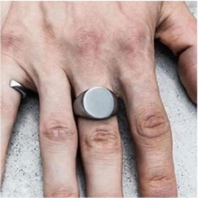 オーバルリング 艶消し印台シグネットリング メンズのアクセサリー(リング(指輪))の商品写真