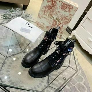 クリスチャンディオール(Christian Dior)のDIOR  ブーツ(ブーツ)