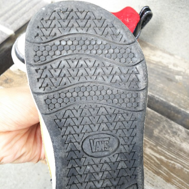 VANS(ヴァンズ)のVANS スニーカー 15センチ キッズ/ベビー/マタニティのキッズ靴/シューズ (15cm~)(スニーカー)の商品写真