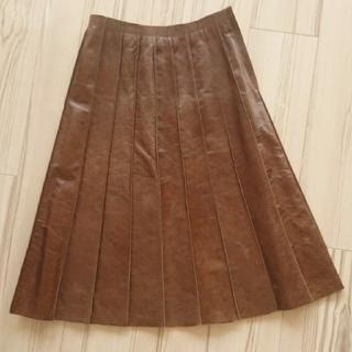 アンクライン(ANNE KLEIN)のANNE KLEIN  牛革 スカート(ひざ丈スカート)