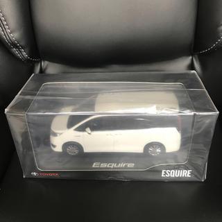 トヨタ - エスクァイア  ミニカー 後期