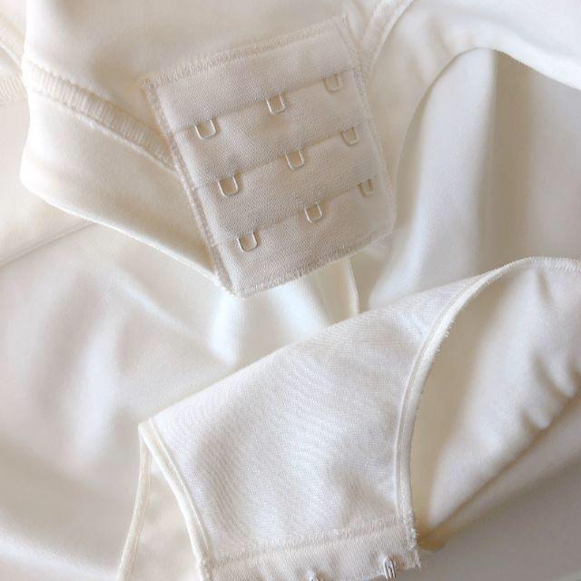 Simone Perele(シモーヌペレール)の85C☆シモーヌペレール simone perele ボディスーツ レディースの下着/アンダーウェア(ブライダルインナー)の商品写真