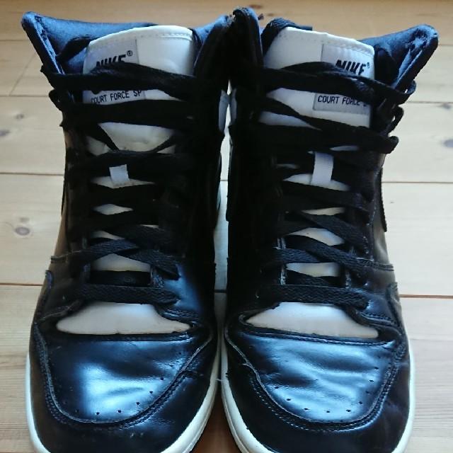 NIKE(ナイキ)のNIKE×GOOD ENOUGH×fragment コートフォース メンズの靴/シューズ(スニーカー)の商品写真