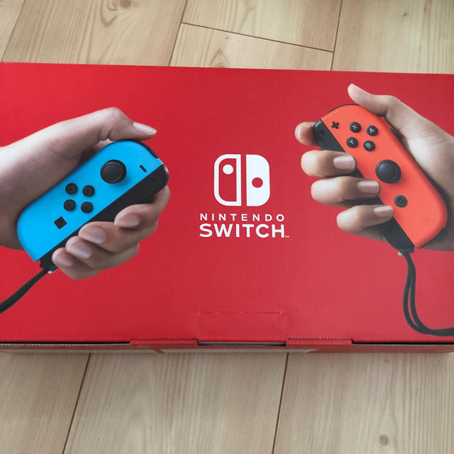 Nintendo Switch(ニンテンドースイッチ)の任天堂Switch  新品未開封! エンタメ/ホビーのゲームソフト/ゲーム機本体(家庭用ゲーム機本体)の商品写真