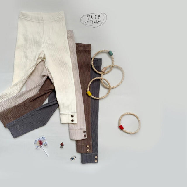ikii裾ボタンリブレギンス韓国子供服新品サイズL キッズ/ベビー/マタニティのキッズ服 男の子用(90cm~)(パンツ/スパッツ)の商品写真