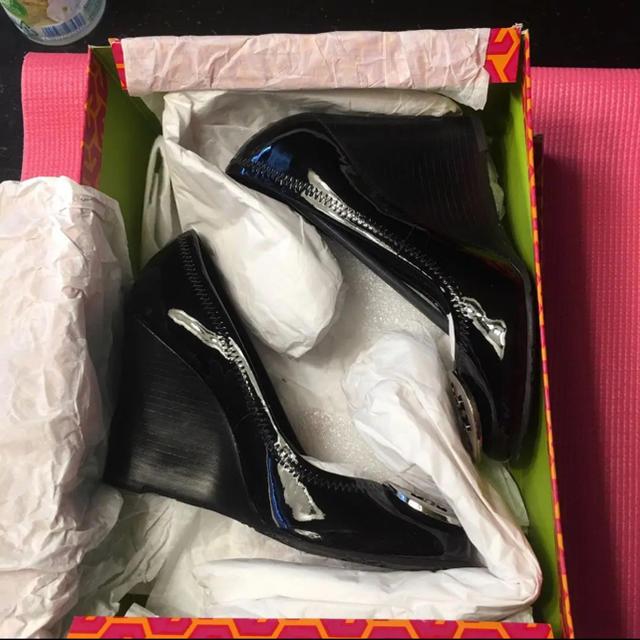 Tory Burch(トリーバーチ)のトリーバーチ パンプス 美品 レディースの靴/シューズ(ハイヒール/パンプス)の商品写真