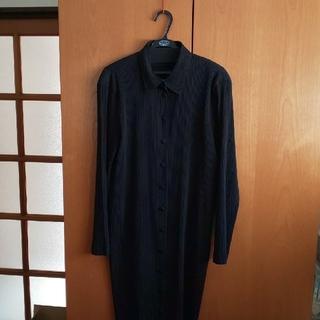 イッセイミヤケ(ISSEY MIYAKE)の専用です。イッセイミヤケ FETE黒の長袖ワンピース(ロングワンピース/マキシワンピース)