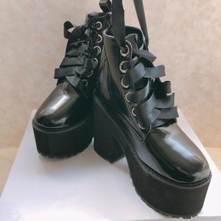 レースアップ 厚底 ブーツ 未使用品(ブーツ)