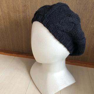 ユニクロ(UNIQLO)のUNIQLO ユニクロ ケーブル編み ニット ベレー帽 黒 定番(ハンチング/ベレー帽)